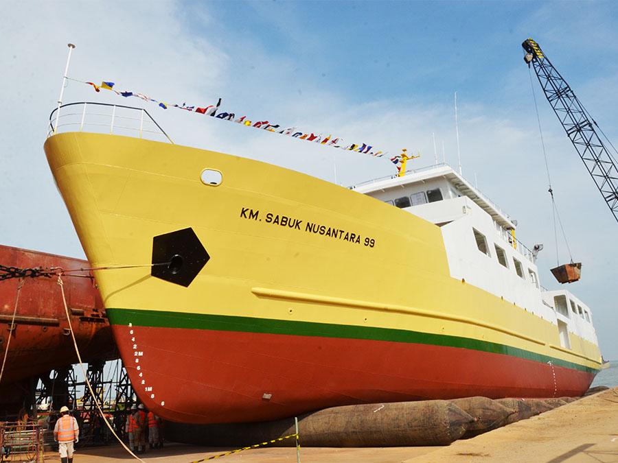 Peluncuran KM. Sabuk Nusantara 99